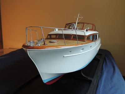 Chris Craft Corvette Model Boat